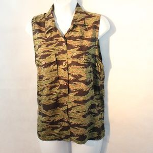 Obey Sleeveless Camo Button up top